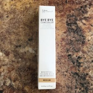 New It Cosmetics Bye Bye Concealer